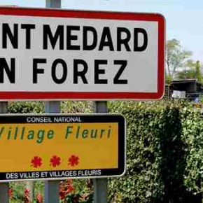 Saint-Médard-en-Forez, une presqu'ile de verdure.