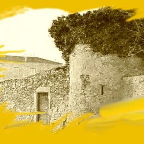 De rares reproductions de la tour de l'Hôpital
