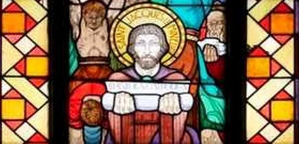Les vitraux dans l'église de Chazelles